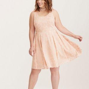 Torrid Dress Size 20 Pink Floral Textured Skater